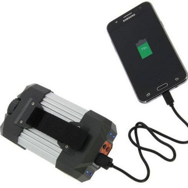Baterie Externa NGT Powerbank10400 mAh + 21+6 Led - NGT-FTL-LIGHT-BANK